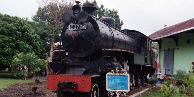 Mengunjungi Tempat Bersejarah Museum Kereta Api Ambarawa, Semarang