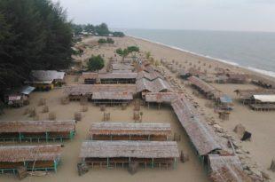 Pantai Kuala Raja 2