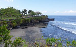 Pantai Melasti Tanah Lot