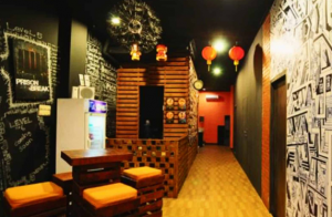 tempat yang instagramable totem room escape bali