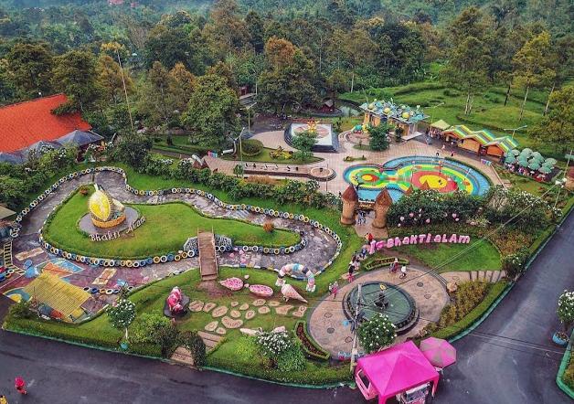 Bukit Flora Outbond Pasuruan