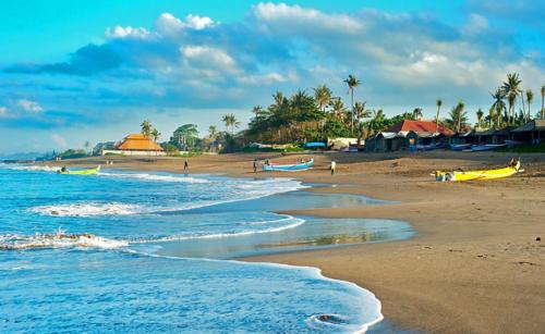 pantai Canggu di Bali