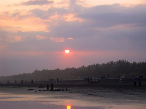 Pantai Widara Payung
