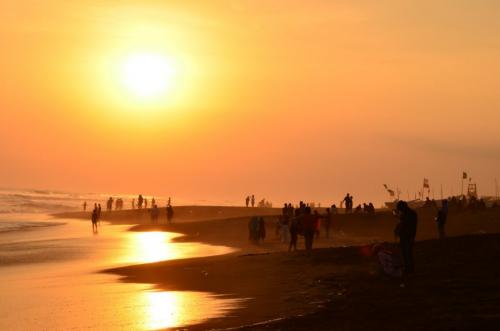 sunrise pantai depok