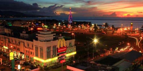 Boulevard Manado2