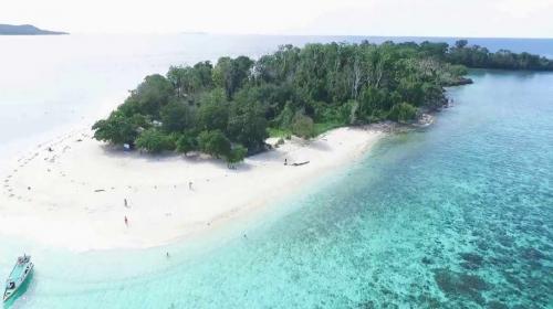 Pantai Lihaga