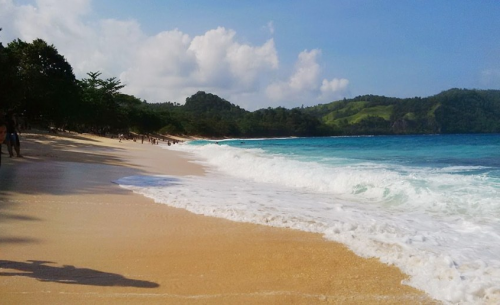 Pantai Paal Manado