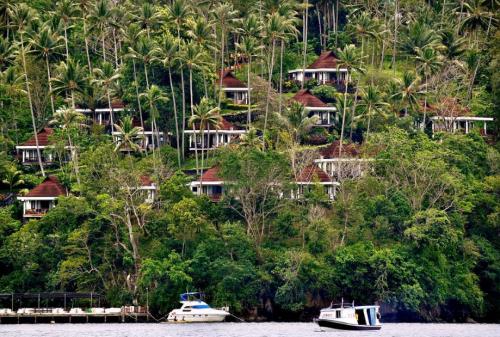 Pulau Lembeh4