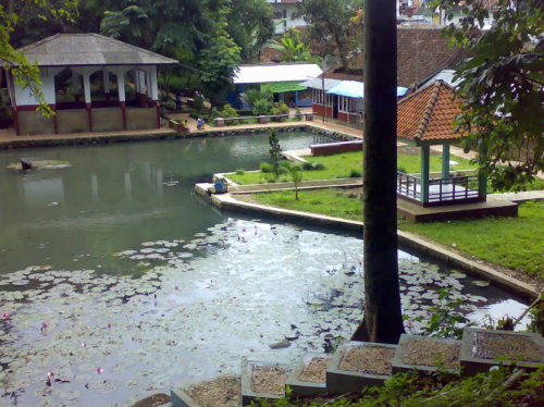Situs Balong Dalem4