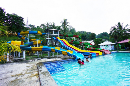 Golden Lake Waterpark