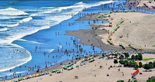 Pantai Parangtritis3