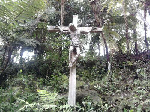 Wisata Religi di Bukit Doa Tomohon