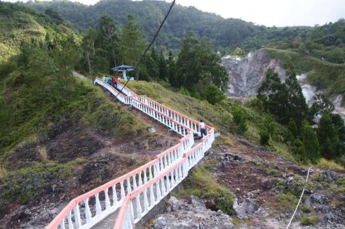 Bukit Kasih Kanonang2
