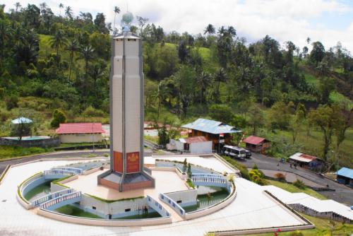 Bukit Kasih Kanonang3