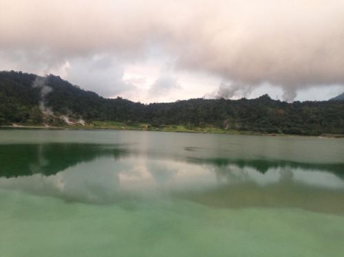 Danau Linow2
