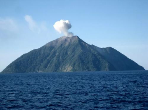 Gunung Api Mahangetang
