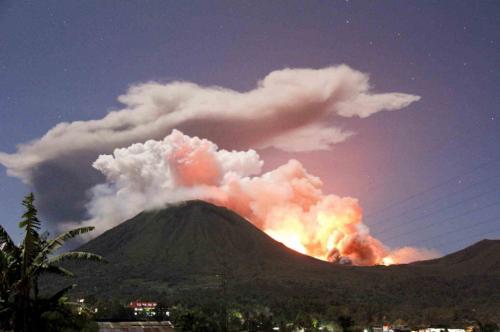 Gunung Lokon2