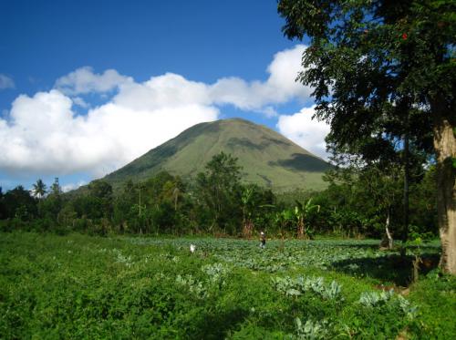 Gunung Lokon3