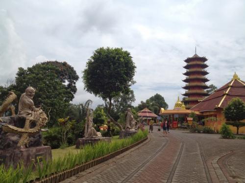 Pagoda Ekayana 1