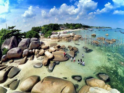 Pantai Tanjung Tinggi2