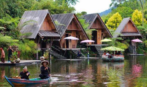 Dusun Bambu Lembang yang asri