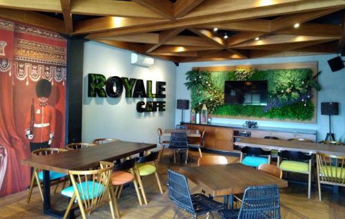 Royal Bakery and Cafe